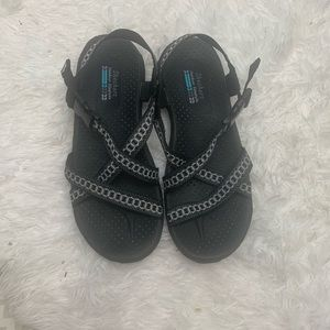 Sketchers outdoor Lifestyle shoes